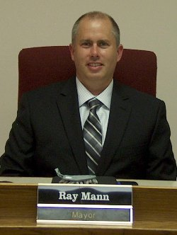 Mayor Ray Mann